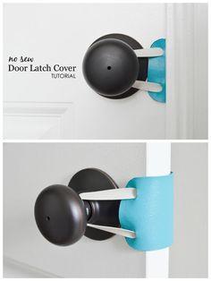 DIY: No Sew Door Latch Cover No Sew Door Latch Cover - perfect to keep the door quiet to the nursery Baby Diy Projects, Baby Crafts, Baby Nursery Diy, Diy Baby, Girl Nursery, Baby Door, Easy Baby Blanket, Ideias Diy, Baby Gadgets