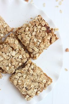 Oatmeal Almond Butterscotch Bars | Bake Your Day @Cassie Laemmli | Bake Your Day