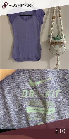 ba8ad74b7e863 Nike workout t-shirt Like new Nike Tops Tees - Short Sleeve