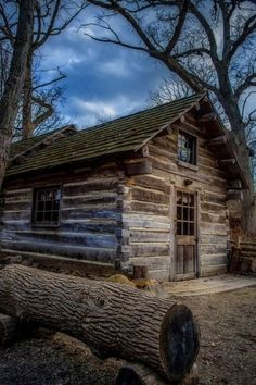 All Need is a Rustic Little Cabin in the Woods Photos) - Suburban Men Old Cabins, Log Cabin Homes, Cabins And Cottages, Cabin Design, Home Design, Cabin In The Woods, Little Cabin, Cozy Cabin, Old Houses