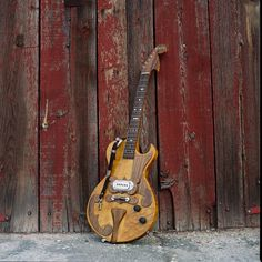 by paul bigsby Bigsby guitars have such awesome designs! I wish they were more available...
