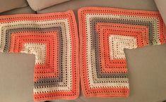 Fabulous Crochet a Little Black Crochet Dress Ideas. Georgeous Crochet a Little Black Crochet Dress Ideas. Crochet Cardigan Pattern, Crochet Jacket, Crochet Blouse, Baby Knitting Patterns, Crochet Patterns, Easy Crochet, Knit Crochet, Black Crochet Dress, Crochet Clothes