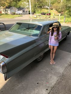 Good to have kids who appreciate beautiful cars! #ClassicCars #CTins