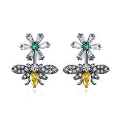 #cerceinegrii #cerceialbina #cerceifloare Stainless Steel Jewelry, 316l Stainless Steel, Bee On Flower, Crystal Flower, Braided Leather, Wholesale Jewelry, Fashion Jewelry, Stud Earrings, Unique Jewelry