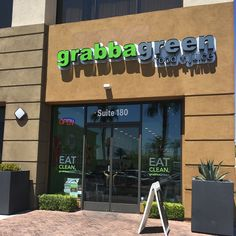 Grabbagreen Las Vegas, if you are looking for: fruit smoothies, fresh pressed juices, salads and acai bowls in Las Vegas NV 89117.