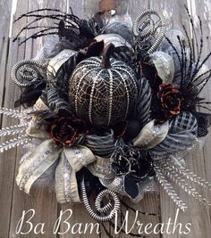 Hey, I found this really awesome Etsy listing at https://www.etsy.com/listing/289025425/halloween-wreath-halloween-pumpkin