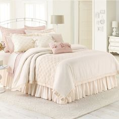LC Lauren Conrad Jolie Comforter Set (White) ($143) ❤ liked on Polyvore featuring home, bed & bath, bedding, comforters, white, cotton queen comforter set, white queen comforter, white king size comforter, white queen comforter set and white comforter sets