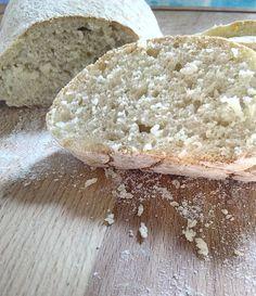 Pane+tipo+ciabatta+con+farina+di+grano+duro+facile+e+veloce