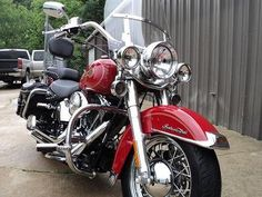 2005 Harley-Davidson® FLSTCI Heritage Softail® Classic® Firefighter Special Edition - 20,600 miles - $11,500 http://www.chopperexchange.com/283689?utm_source=pinterst_medium=board_campaign=biker283689