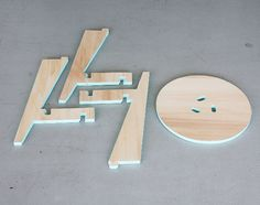 Puzzle Stool simplement tabouret par Karolina Tarkowska