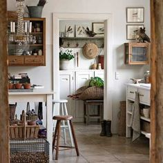 This is a dream potting space.