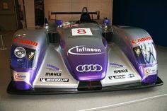 2004 - Allan McNish/Pierre Kaffer - Audi R8 [Image]