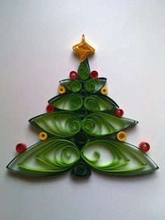 Quilling Christmas Tree - just....Wow!                                                                                                                                                                                 More