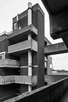Middlesex Street Estate 10, Corporation of London Architect's Department, 1965-1970 Photo: Simon Phipps