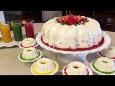 Gelatina de Yogurt, con salsa fresa, kiwi ,piña y frutas dentro