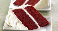 Red velvet cake is een traditionele Amerikaanse rode chocoladetaart met een witte frosting van witte chocolade en roomkaas. Een red velvet cake is echt supperlekker