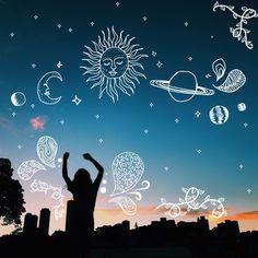 Image about sky in - ̗̀ photo idea ̖́ - by - ̗̀ ̖́ - Foto Doodle, Doodle On Photo, Doodle Art, Artsy Photos, Draw On Photos, Creative Photos, Doodle Pictures, Montage Photo, Insta Photo Ideas