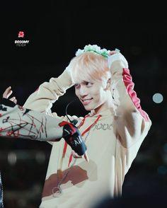 160507 #SHINee at Korea Time Music Festival LA #Jonghyun pretty puppy