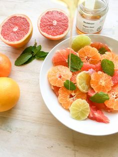 This colourful and fresh Winter Citrus recipe is simple but oh does it satisfy! Adding honey and mint to it just takes it to another level. Not to mention the different flavours of the bitter grapefruit and the tart orange with the sweet naartjies. So delicious and absolutely beautiful. The post Fresh Winter Citrus Salad with Mint Recipe appeared first on The Organic Gypsy. Extremely Cheap Meals, Cheap Meals To Make, Grapefruit Recipes, Citrus Recipes, Healthy Salad Recipes, Raw Food Recipes, Healthy Tips, Vegan Food, What Are Organic Foods