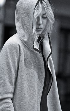 Nike Tech-Fleece Cape #nikesportswear #nsw #nike
