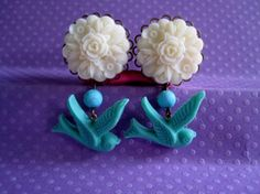 """Pair of Cream Flower Cluster Plugs with Turquoise Beads and Birds - Handmade Girly Gauges - by WhimsyByKrista on Etsy, $28.00  Available in sizes: 9/16"""", 5/8"""", 3/4"""""""