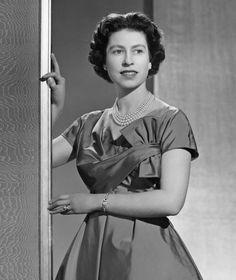 Queen Elizabeth II portrait Buckingham Palace December 1958. Her Majesty looks like a glamorous Hollywood star.