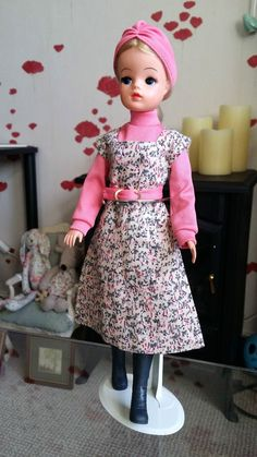 Vintage Pedigree 1977 Sindy Lunch date outfit Lunch Date Outfit, Date Outfits, Night Outfits, Cool Outfits, Sewing Doll Clothes, Sewing Dolls, Sindy Doll, Barbie, Dolly Mixture