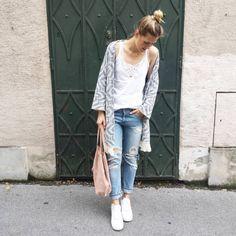 tifmys - Mango kimono jacket and suede bag, Zara distressed denim & Nike Airforce 1 sneakers.