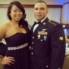 by kkeeiikkoo:    That's one good looking couple! #instahi #instagood #army #milso #militaryball #hawaii #armyhawaii