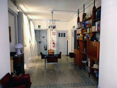 Dining room in B&B (Rome)