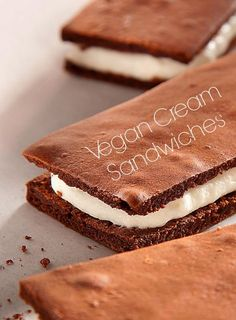http://onegr.pl/1lczJG4 #vegan #recipe #vegetarian #chocolate #cream