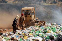 Mais da metade das cidades brasileiras ainda destina lixo inadequadamente, para lixões ou aterros controlados | Arquivo/Agência Brasil