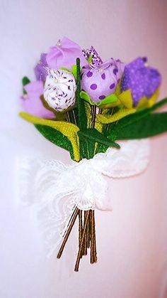 Buquê de flores de tecido.