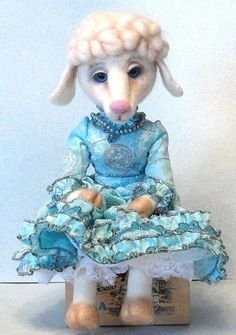 Dolly the sheep 14 inches wool