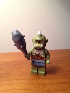 Cyclops minifigure with head cover