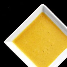 Homemade Honey Mustard Dressing/Sauce - This stuff is so easy to whip up. Never buying honey mustard again. Honey Mustard Recipes, Homemade Honey Mustard, Honey Mustard Dressing, Honey Mustard Sauce, Molho Teriyaki, Sour Cream, Whipped Cream, Mayonnaise, Meals