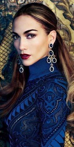 Jennifer Lopez blue chandelier earrings