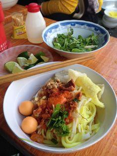 """""""Mì Quảng"""" - Noodle in Hoian, Vietnam."""