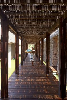 Get Surfing with Grupo Habita's Escondido Hotel in Mexico Tropical Architecture, Architecture Design, Beach Resorts, Hotels And Resorts, Piscina Interior, Bamboo Design, Hotel Interiors, Patio Roof, Sri Lanka