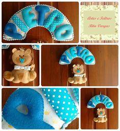 Enfeite de porta leãozinho, produzido à mão, em feltro e tecido. Contato: Rita (51) 98939