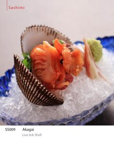 Akagai - Live ark shell. For reservations, please call +603-7980 8228. #ishin #JapaneseFood #kaiseki #finedining #food #Sashimi.