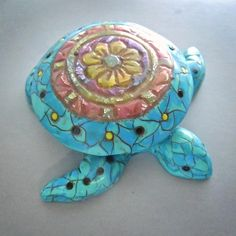 Though many of my custom turtle boxes have found new homes, I still have several available!  This faux turquoise sea turtle box has a mandala that is from a class I took from Lindly Haunani.  It has wonderful translucent detail with hints of gold foil!  https://www.etsy.com/listing/281766650 #debhart #rengalsa #polymer #etsy #polymerclaycanes #craftartedu #class #tutorial #workshop #handmadejewelry #handmade #millefiori #katoclay #polymerclay #clay #jewelryartist #jewelrydesigner #seaturtle…