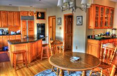 Kitchens are the heart of the home and a good kitchen design transforms a house into a home. This post informs you on the kitchen design choices available. Cleaning Cabinets, Clean Kitchen Cabinets, Kitchen On A Budget, Wood Cabinets, Kitchen Backsplash, Backsplash Ideas, Kitchen Flooring, Kitchen Benchtops, Soapstone Kitchen