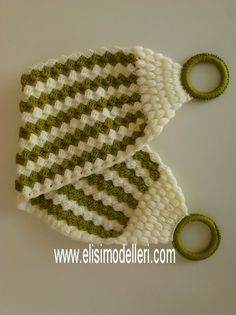 This Pin was discovered by Nev Crochet Home, Diy Crochet, Filet Crochet, Crochet Stitches, Crochet Bodies, Easter Crochet, Moda Emo, Knitting Accessories, Crochet Designs
