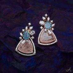 Jewelry Design Earrings, Gold Earrings Designs, Mom Jewelry, Gold Jewellery Design, Wedding Jewelry, Jewlery, Hand Jewelry, Bead Jewellery, Temple Jewellery
