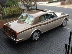 rolls royce classic cars by owner Rolls Royce Limousine, Rolls Royce Cars, Vintage Cars, Antique Cars, Vintage Models, Rolls Royce Corniche, Classic Rolls Royce, Bentley Rolls Royce, Automobile