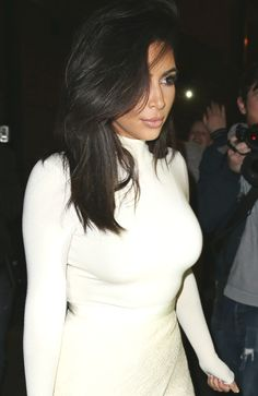 Kim Kardashian West - elegant and chic Big Chop, Kardashian Style, Kardashian Jenner, Kardashian Fashion, Kylie Jenner, Fashion Killa, Fashion Beauty, Blond, Hair Colorful