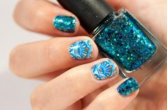 Glittery blue and gold nail art moyou bridal plate 06 femme fatale cosmetics hydraxia