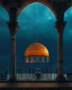Que soy un soñador, pero no soy el único por Emir Terovic Ubicación: La Cúpula de la Roca (en árabe: قبة الصخرة), Palestina.