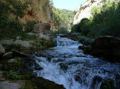 La ruta del Nacimiento del Río Pitarque es una de esas rutas imprescindibles para cualquier senderista que visite nuestras tierras. Se trata de una ruta de gran belleza, por un entorno realmente único, y...